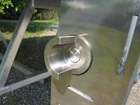 ROTATING SIDES LATCH