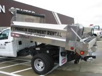 TC-160 LIGHTNING UNDER TAILGATE SPREADER