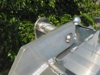 TAILGATE TOP LATCH